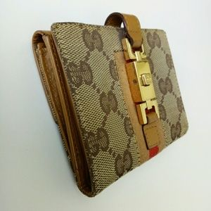 Auth Gucci Sherry Line monogram bifold wallet cute